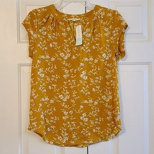 Nwt Fun 2 Fun walden split neck top